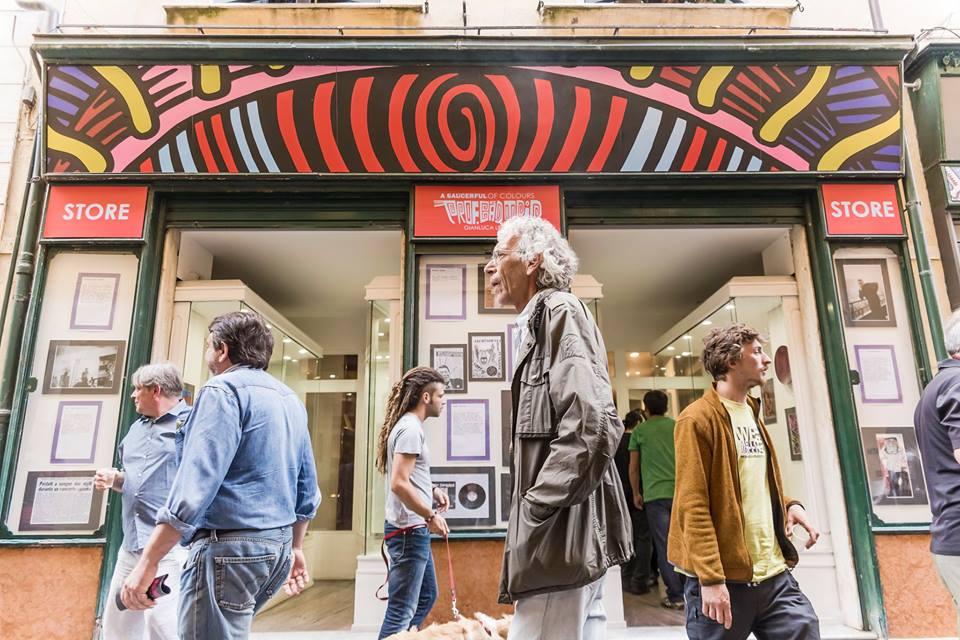 Teké Bookshop - Info point - via Santa Maria 13c